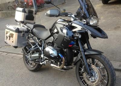 Kit R1200 black sat.