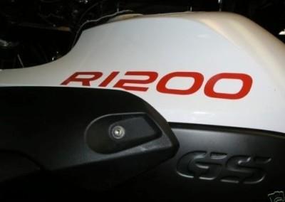 R1200 - NERO SAT., BIANCO, ROSSO, GRIGIO, ARGENTO SAT.